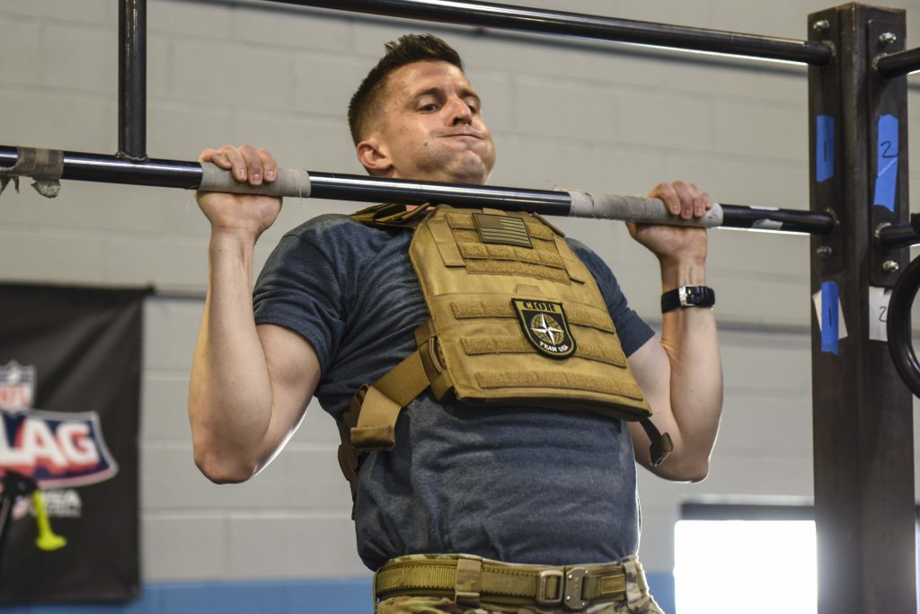 Pull Up Bar Exercises- pull up bar workouts