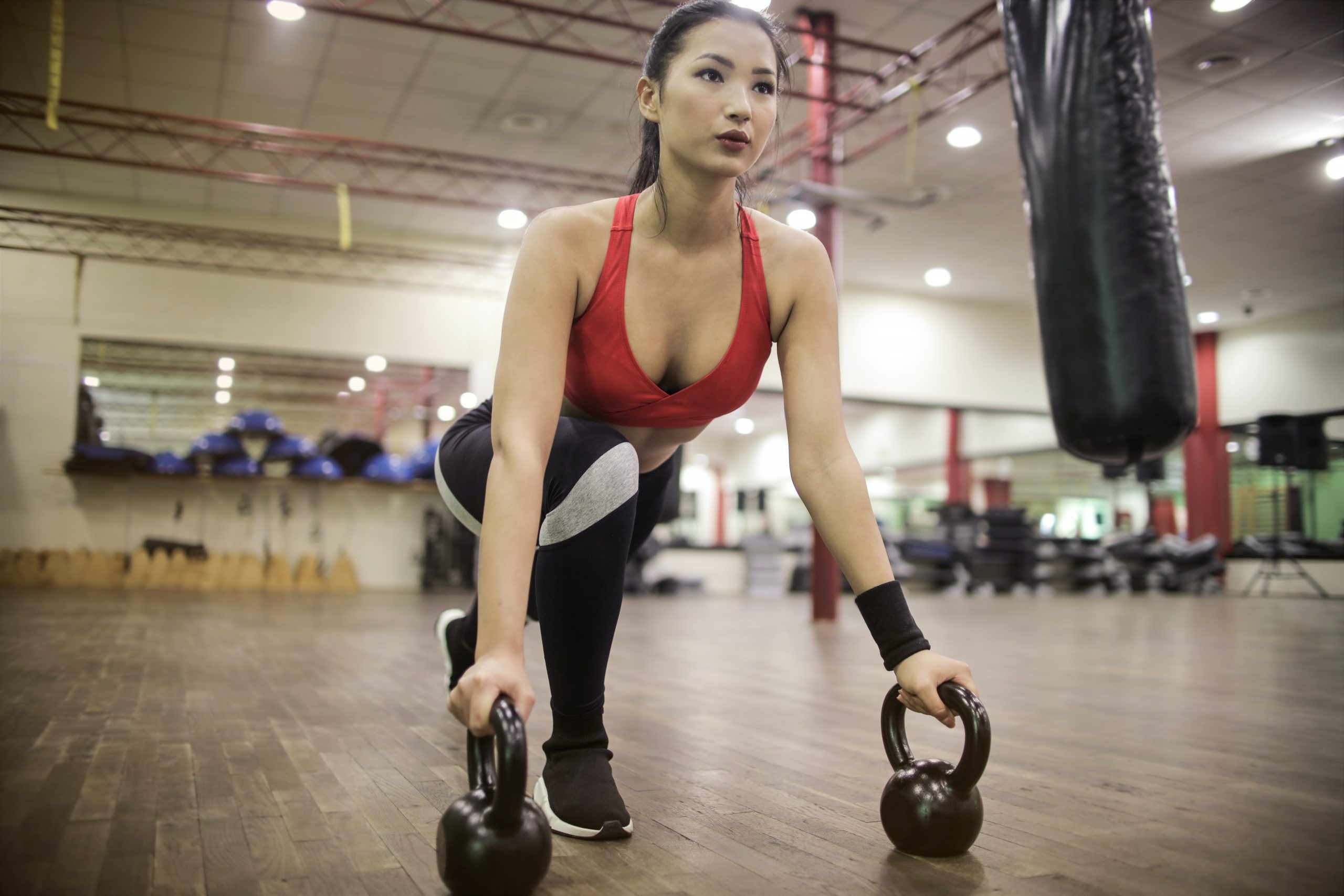 women use kettlebells