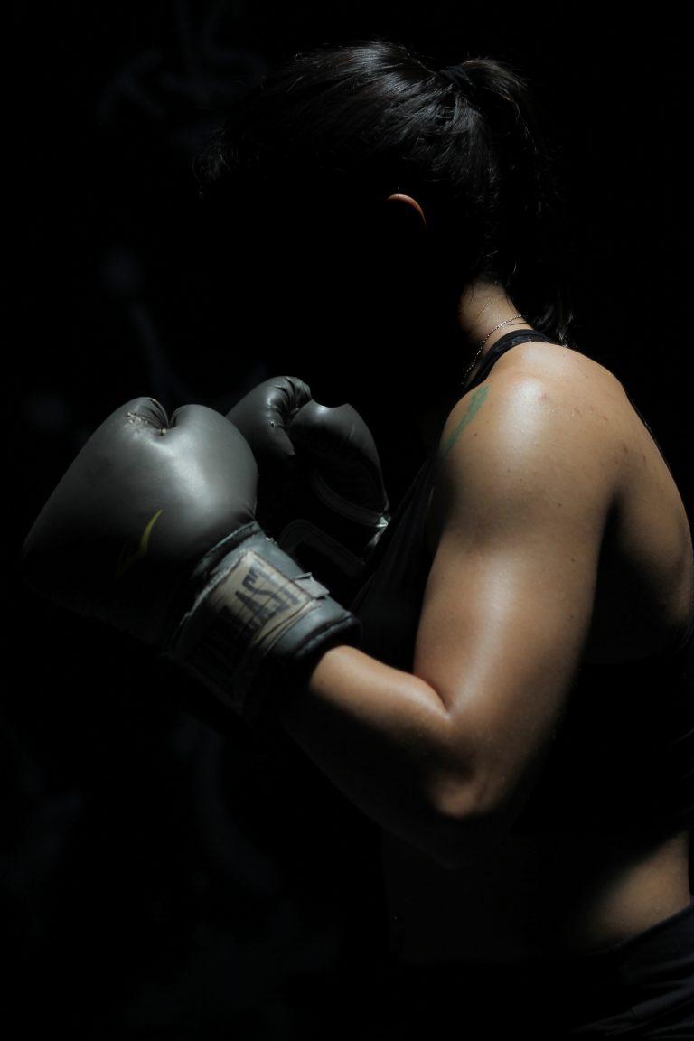 mma workout beginner- kickboxing